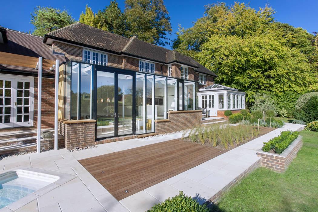 Ventanas de estilo  de IQ Glass UK, Moderno