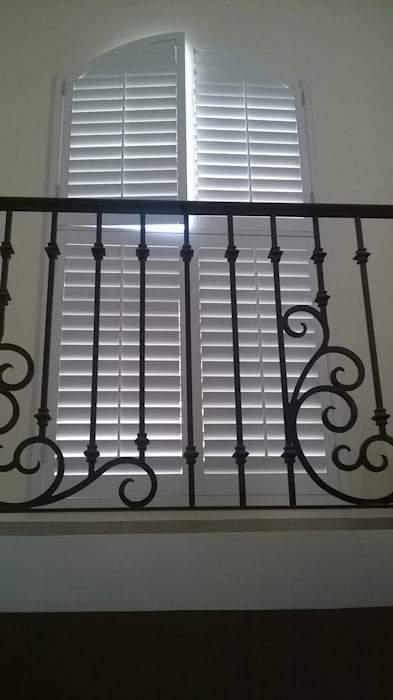 Whitewood Shutters Okna i drzwiRolety i żaluzje