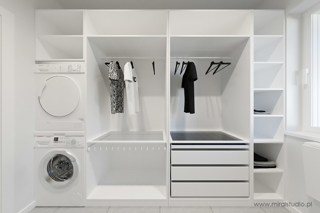 DOM – OLKUSZ, SŁONECZNA – WIZUALIZACJA: styl , w kategorii Garderoba zaprojektowany przez MIRAI STUDIO,