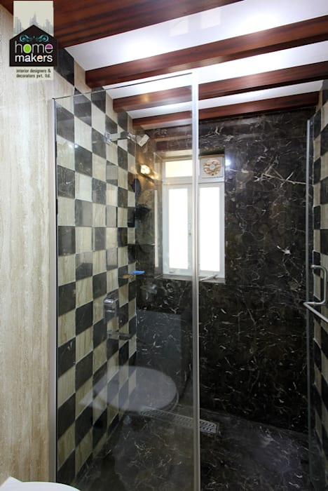 Guest Washroom:  Bathroom by home makers interior designers & decorators pvt. ltd.