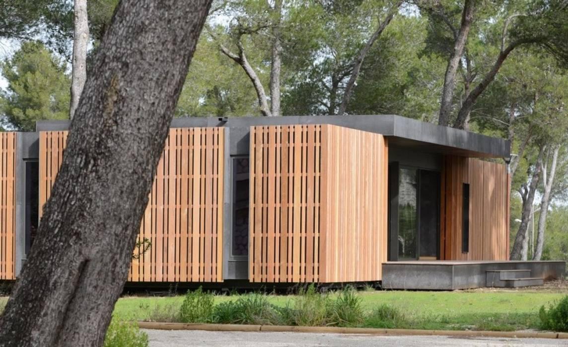 Casas de estilo minimalista de SARGRUP İNŞAAT VE ENERJİ LTD.ŞTİ. Minimalista Tablero DM