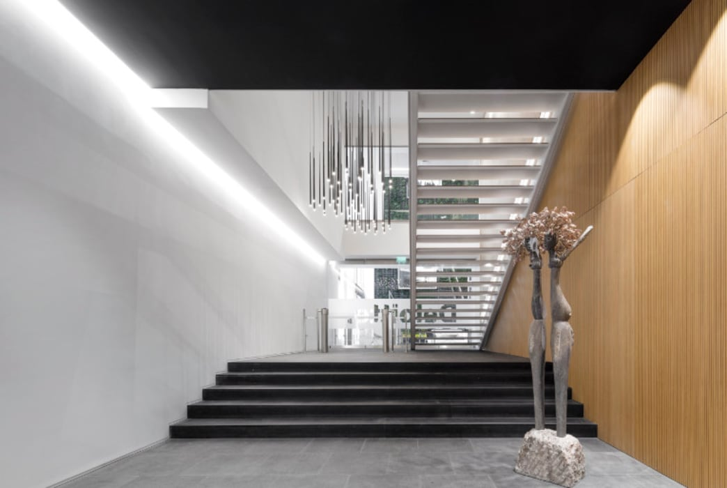 Sede Deloitte Lisboa: Escritórios  por Traços Interiores