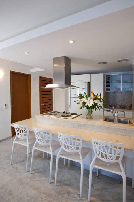 Kitchen by Objetos DAC, Modern