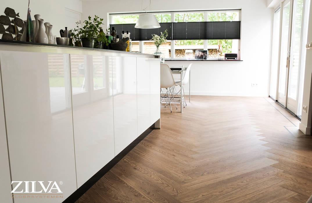 Moderne Visgraat Vloer : Keuken pvc visgraat vloer moderne eetkamer door zilva vloeren