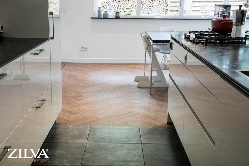 Keuken betontegels en visgraat pvc vloer moderne keuken door
