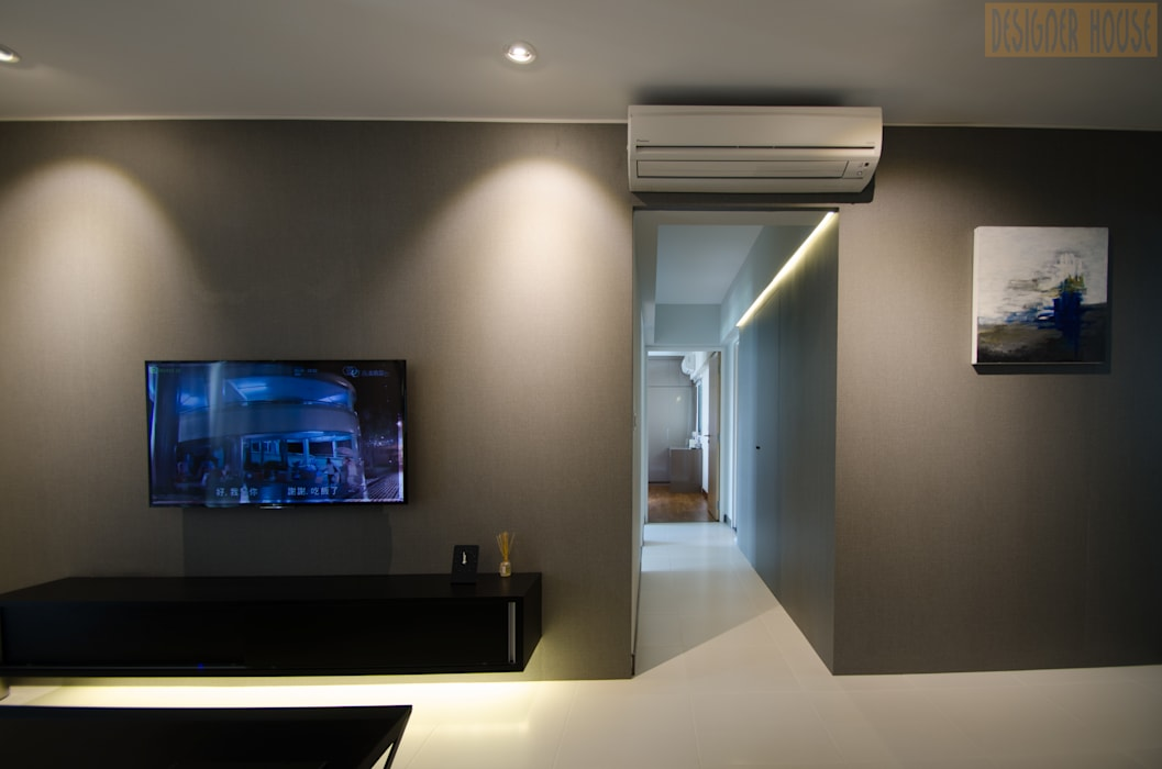 BTO Dawson:  Living room by Designer House
