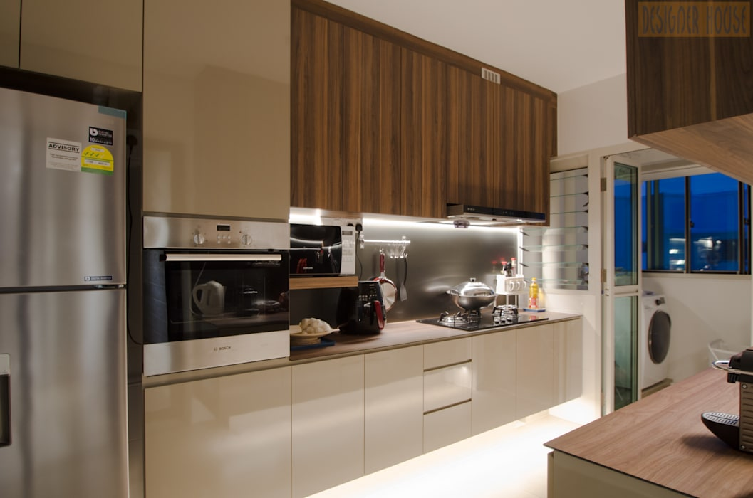 BTO @ Punggolin Hotel Style:  Kitchen by Designer House,Modern