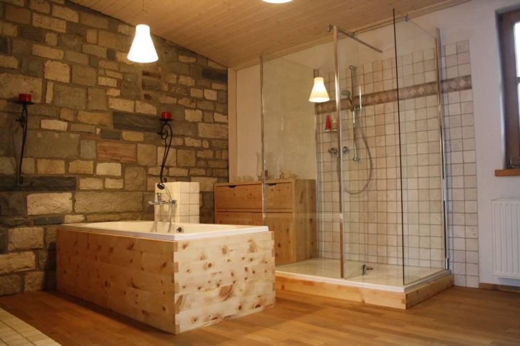badm bel aus massivem holz badezimmer von der. Black Bedroom Furniture Sets. Home Design Ideas