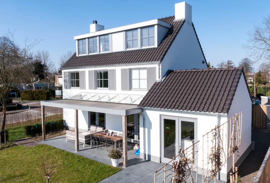 mooie woning in denbosch: huizen door bas suurmond fotografie   homify