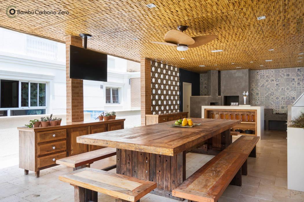 Forro com esteira trançada de Bambu Cozinhas rústicas por BAMBU CARBONO ZERO Rústico Bambu Verde
