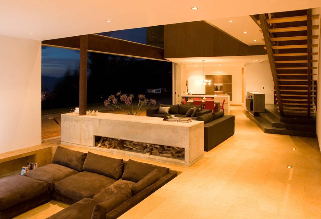 vista 3D: Salas de estilo  por INVERSIONES NACSE S.A.S.
