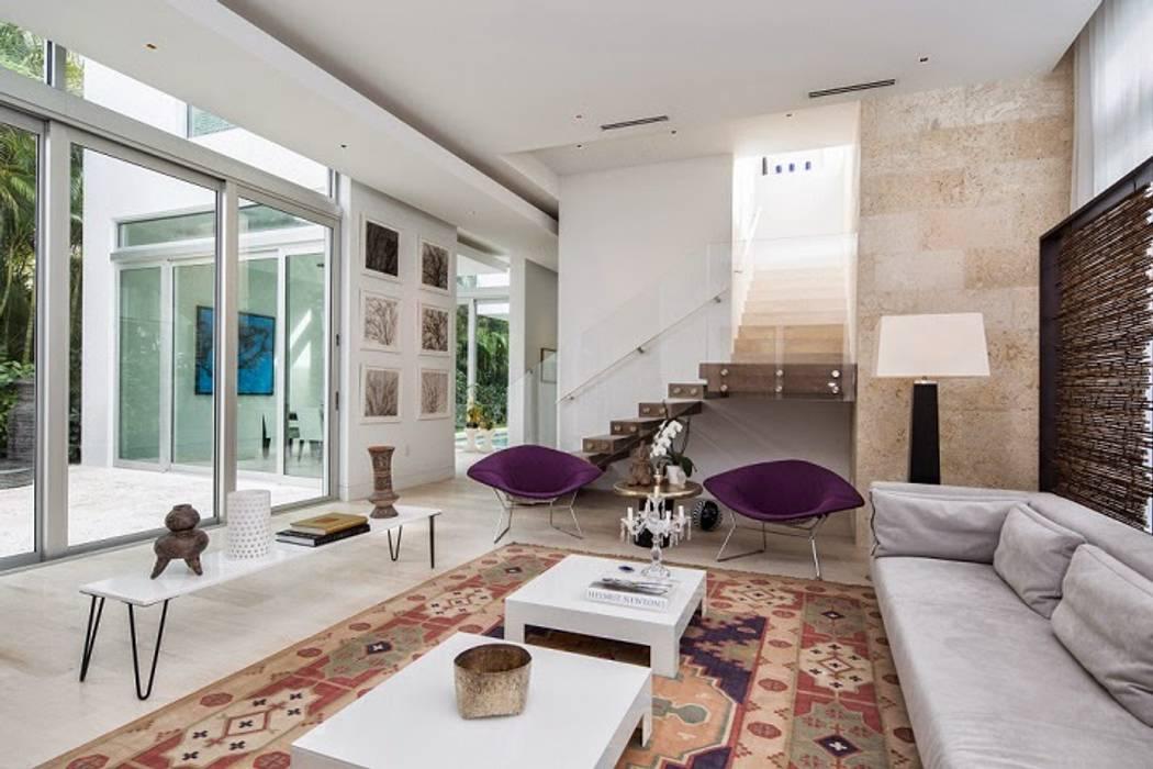 Vista 3D Pasillos, vestíbulos y escaleras de estilo moderno de INVERSIONES NACSE S.A.S. Moderno
