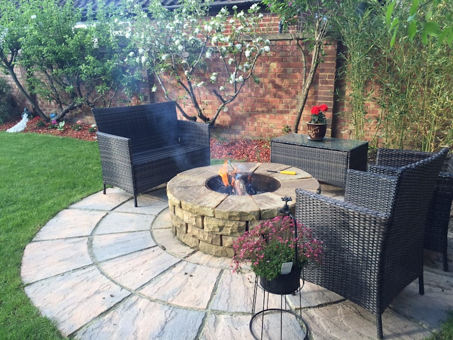 1.2m rustic sandstone firepit Rustic style garden by Lithic Fire Rustic Sandstone