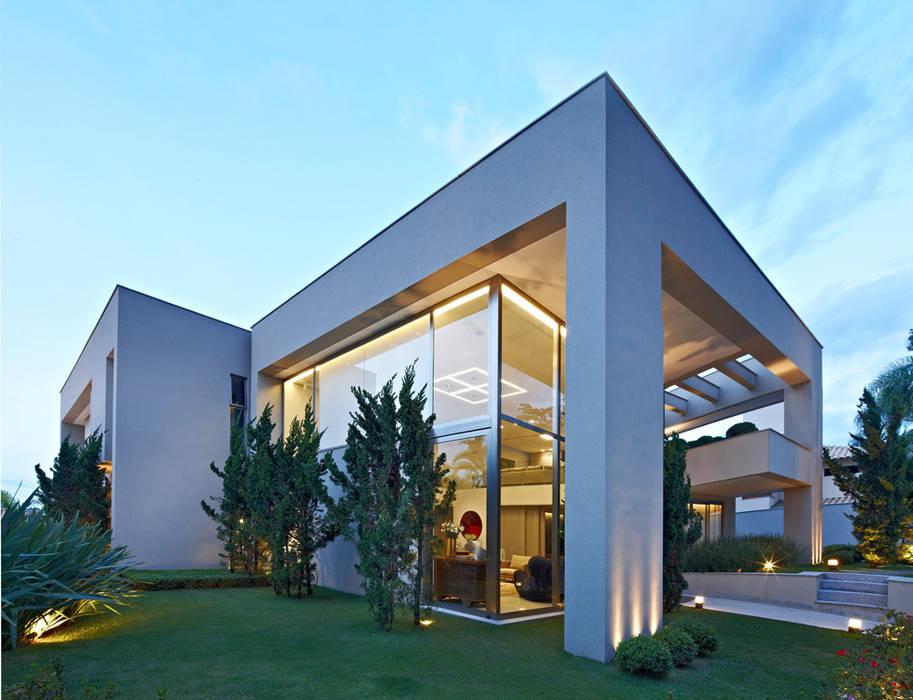 Casas de estilo  por Lanza Arquitetos,
