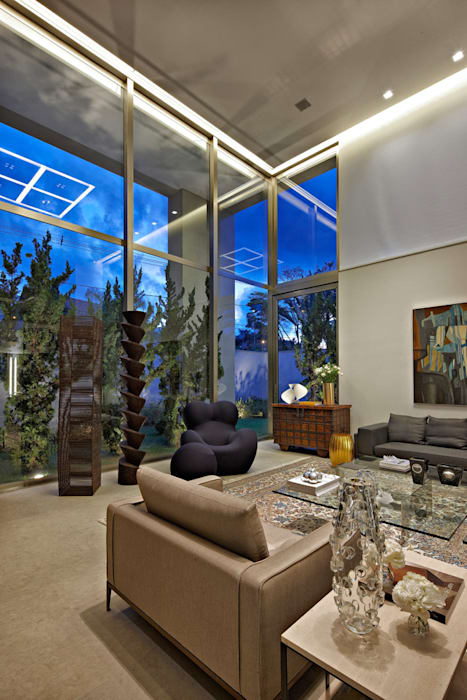 Casa no Clube dos Caçadores -BH : Salas de estar  por Lanza Arquitetos