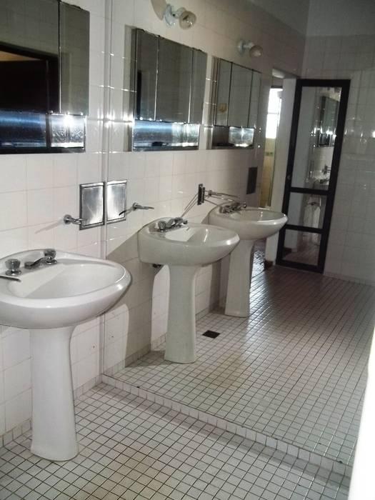 Antebaño: Baños de estilo  por Liliana almada Propiedades