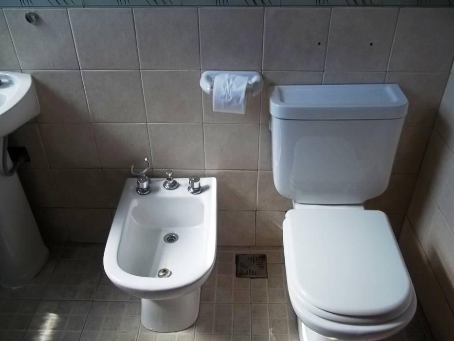 Baño: Baños de estilo  por Liliana almada Propiedades,Clásico