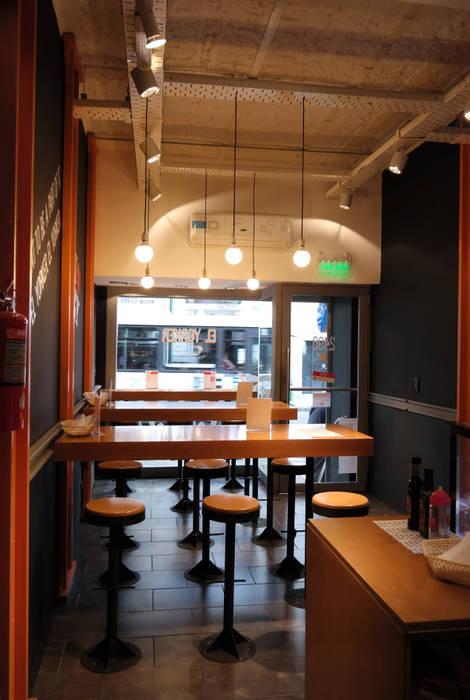 diseño de locales • EL YORKER: Gastronomía de estilo  por Estudio Cebra