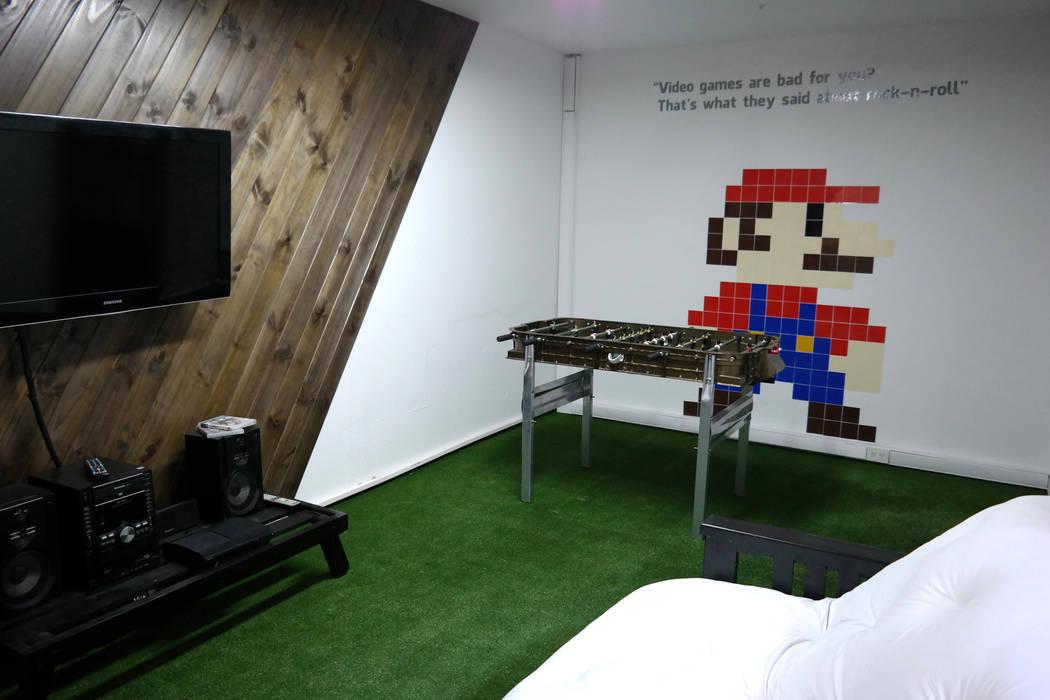 diseño de oficinas • REKKET: Oficinas y Tiendas de estilo  por Estudio Cebra,Moderno