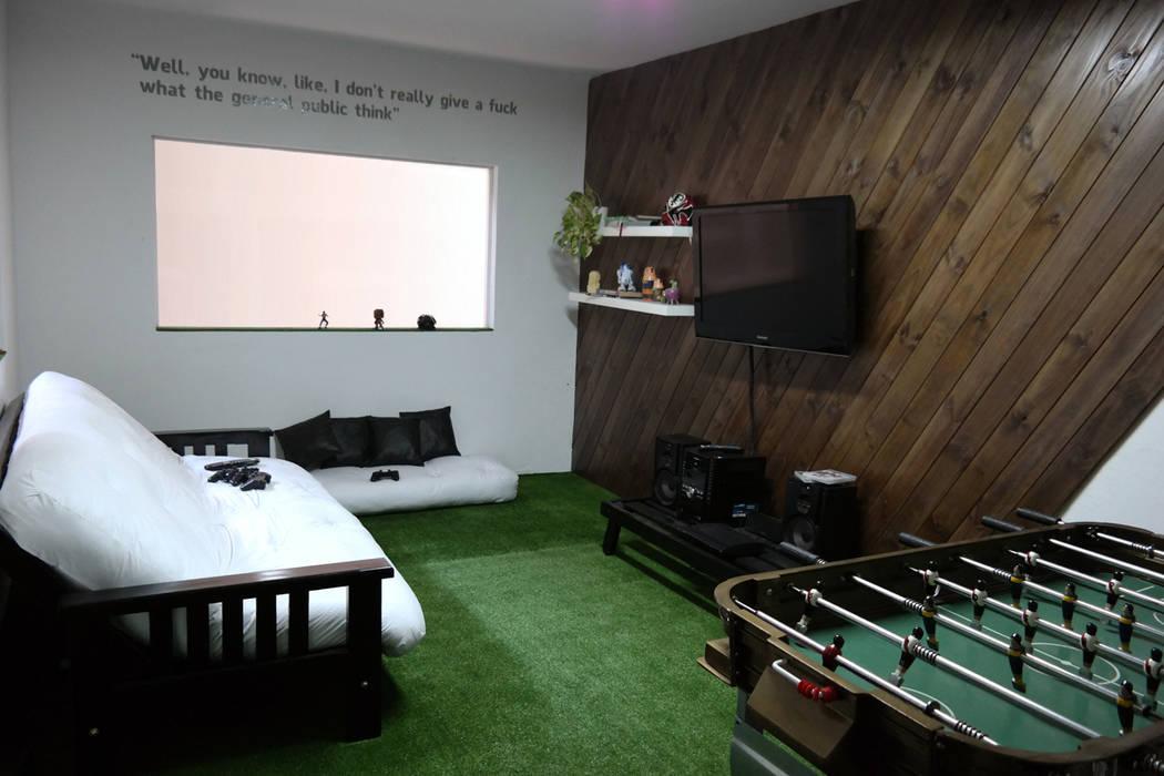 diseño de oficinas • REKKET Oficinas y comercios de estilo moderno de Estudio Cebra Moderno Madera Acabado en madera