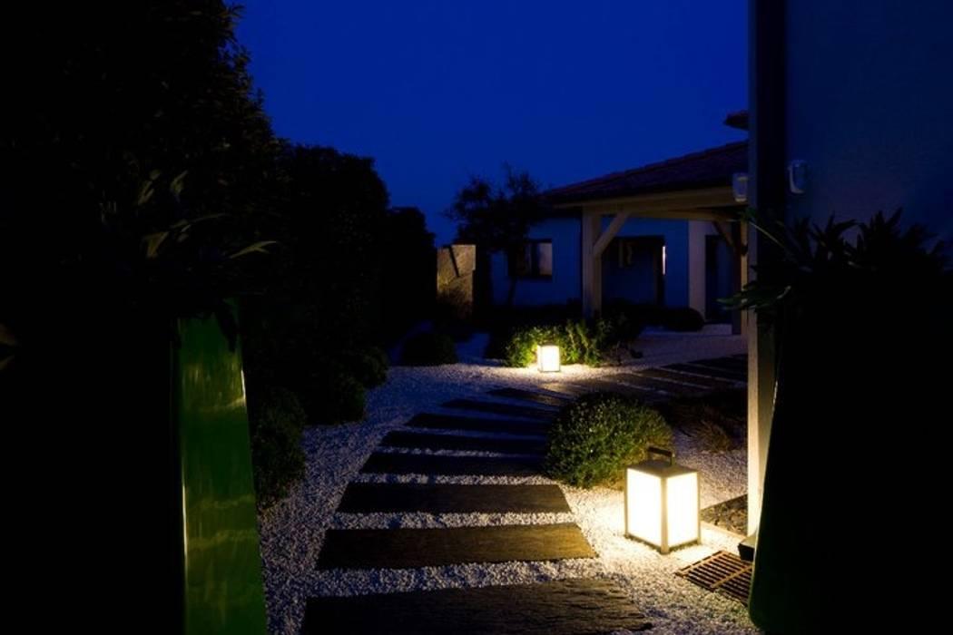 Aussenanlage in Saint Tropez - Côte d´Azur Moderner Garten von Ecologic City Garden - Paul Marie Creation Modern