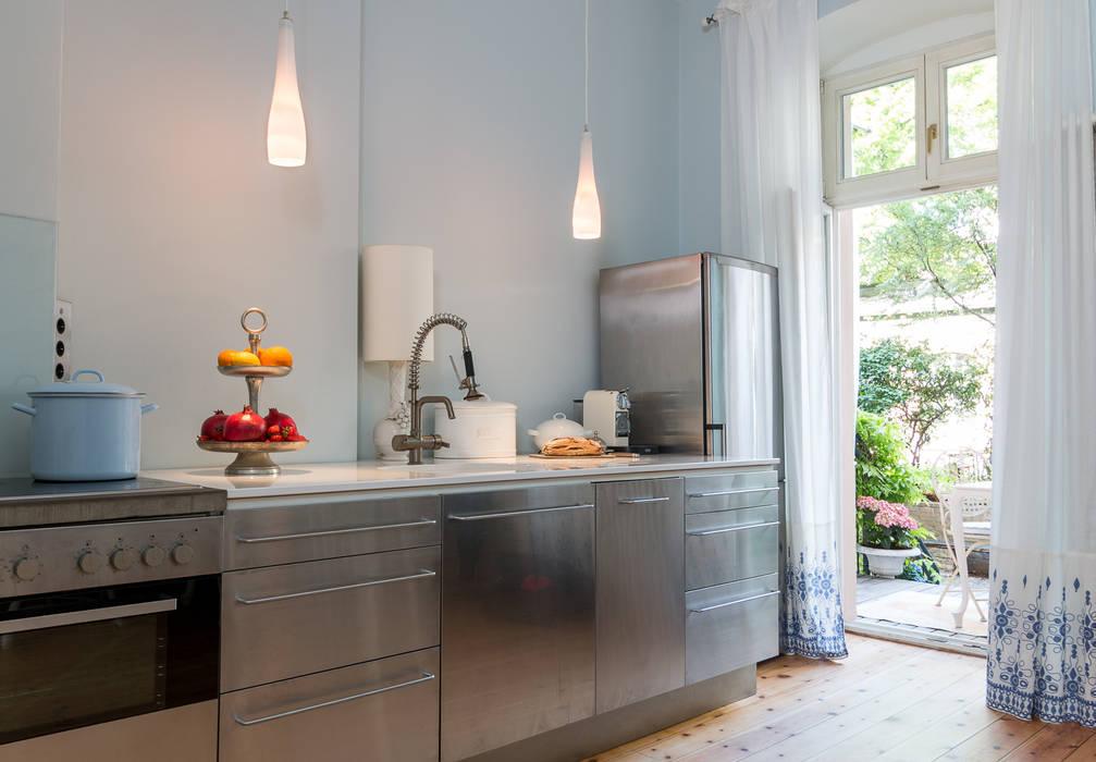 Carlo Berlin Architektur & Interior Design Cocinas de estilo clásico de Pamela Kilcoyne - Homify Clásico