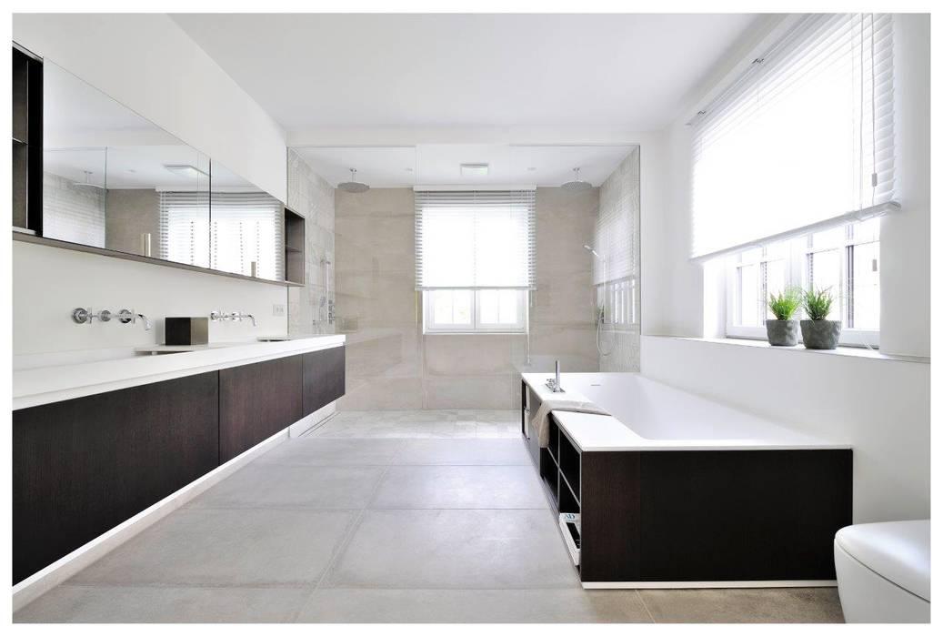 Baños de estilo  por Heerwagen Design Consulting, Moderno