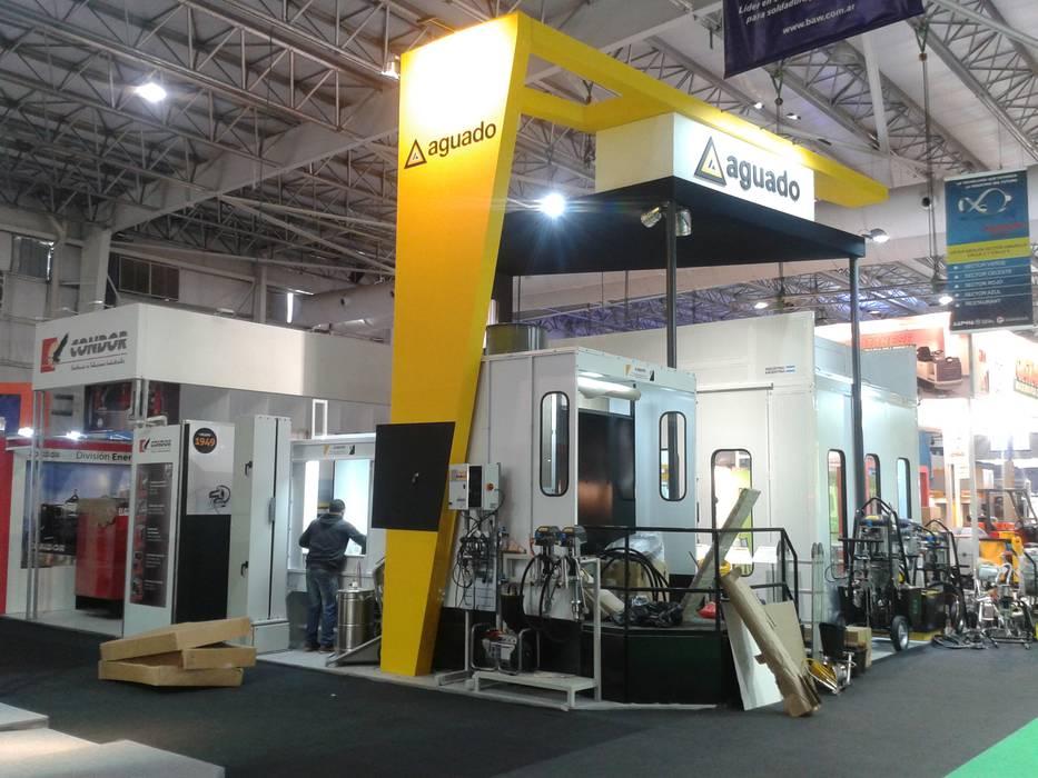 by Faerman Stands y Asoc S.R.L. - Arquitectos - Rosario Industrial Engineered Wood Transparent