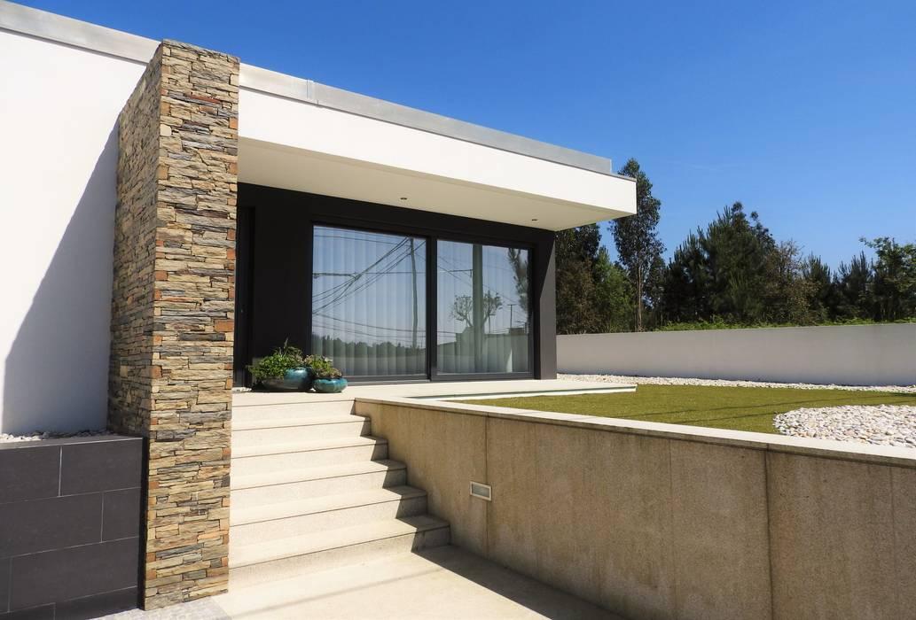 CASA HEITOR: Casas  por Jesus Correia Arquitecto,Moderno