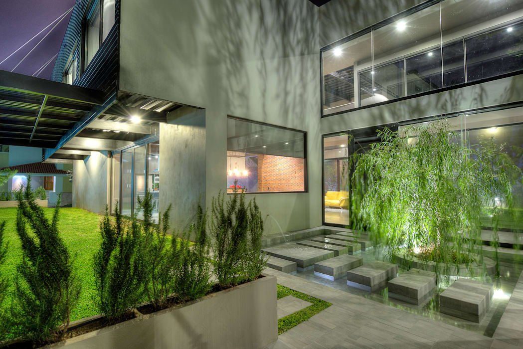 Industrial style houses by Con Contenedores S.A. de C.V. Industrial
