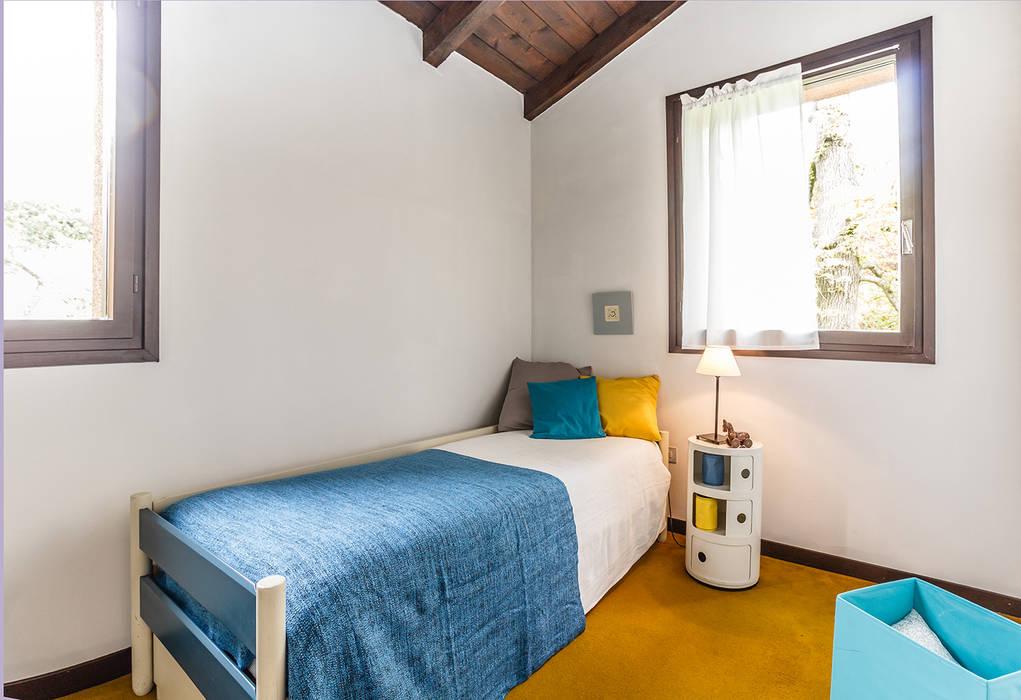 Appartamento in vendita sul Lago Maggiore Camera da letto moderna di Boite Maison Moderno