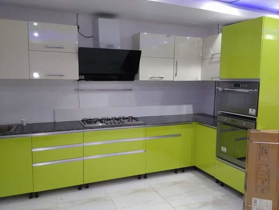 Kitchen Wadrobes Country By Womenz Modular Designers Private Limited Country Plywood Homify
