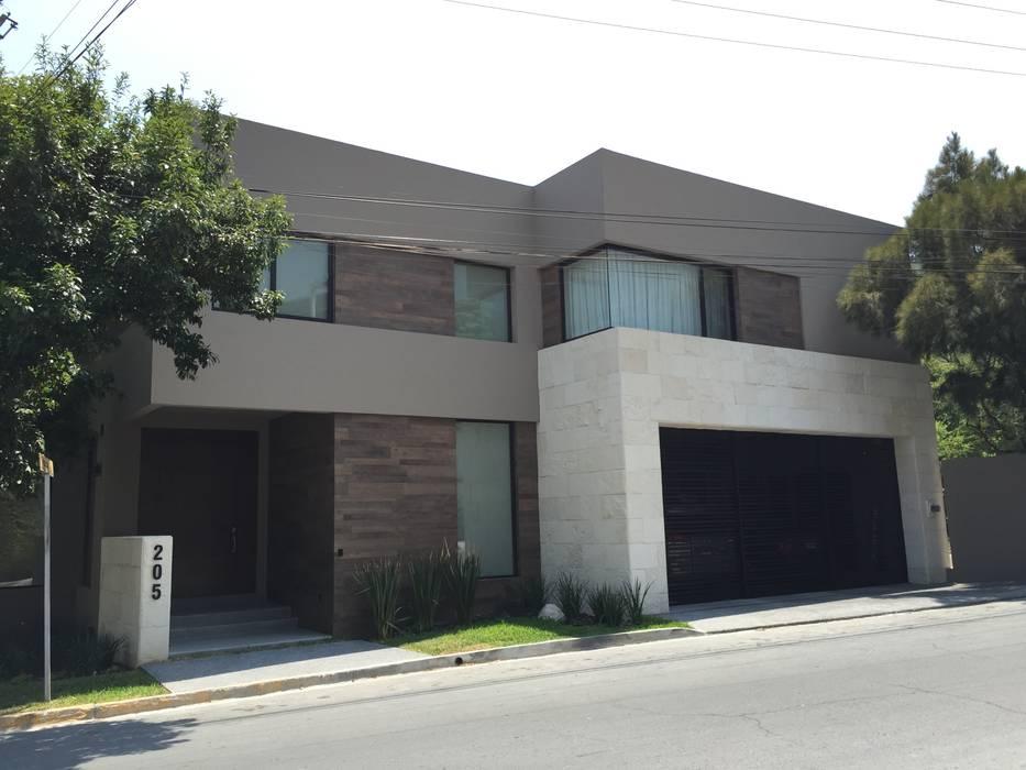 Casa Residencial Chipinque: Casas de estilo moderno por BM Arquitectos