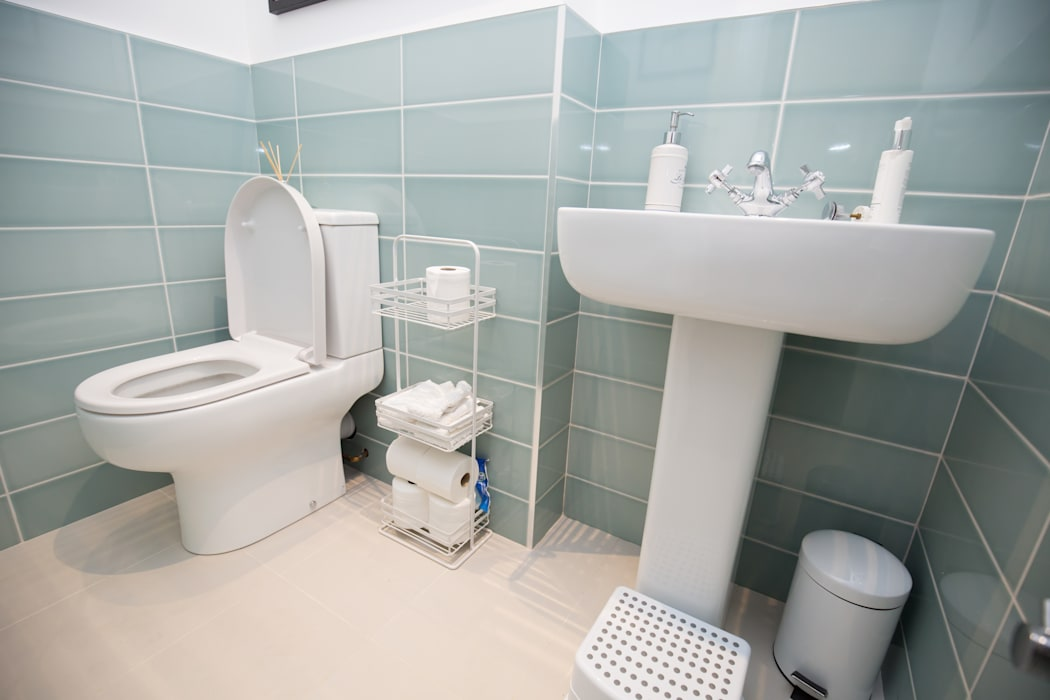 Could you do with a second bathroom?:  Bathroom by The Market Design & Build,
