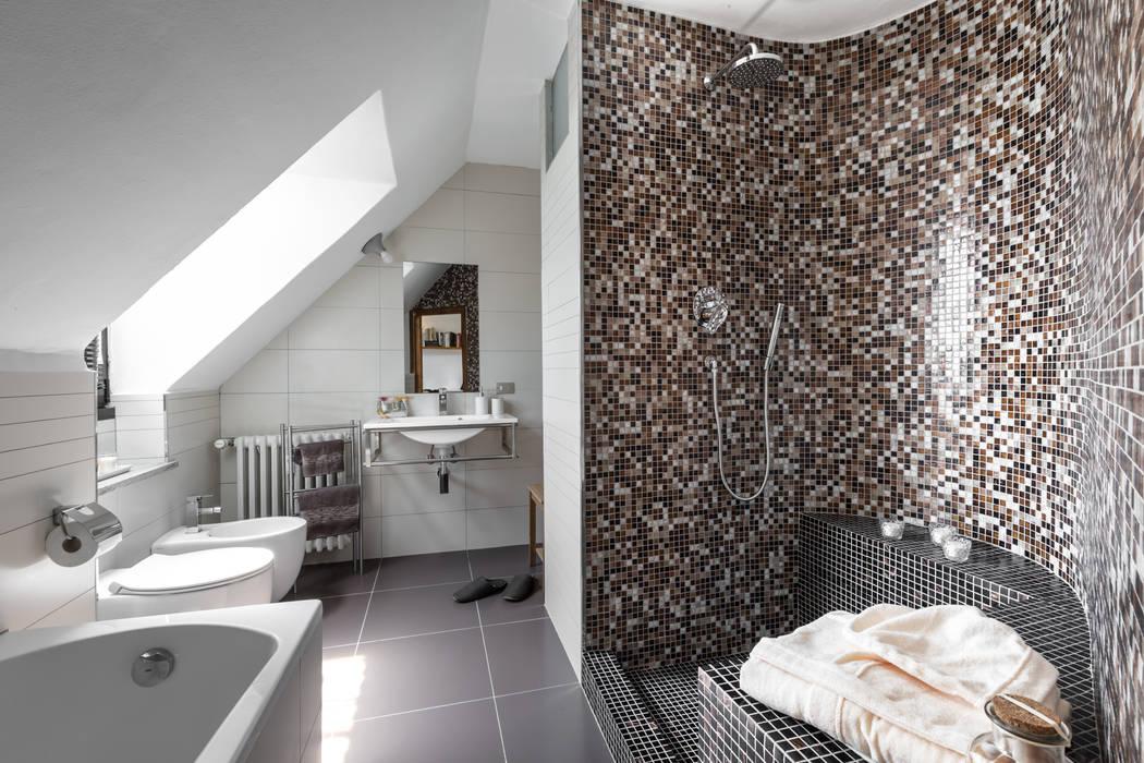 Ванные комнаты в . Автор – Architrek, Модерн