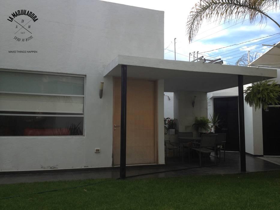 Houses by La Maquiladora / taller de ideas, Minimalist