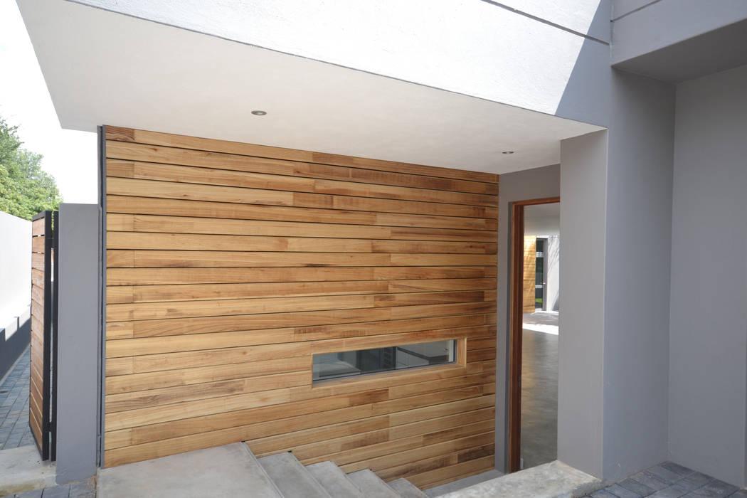 House Nieuwoudt Architects Scandinavian style houses Bricks Wood effect