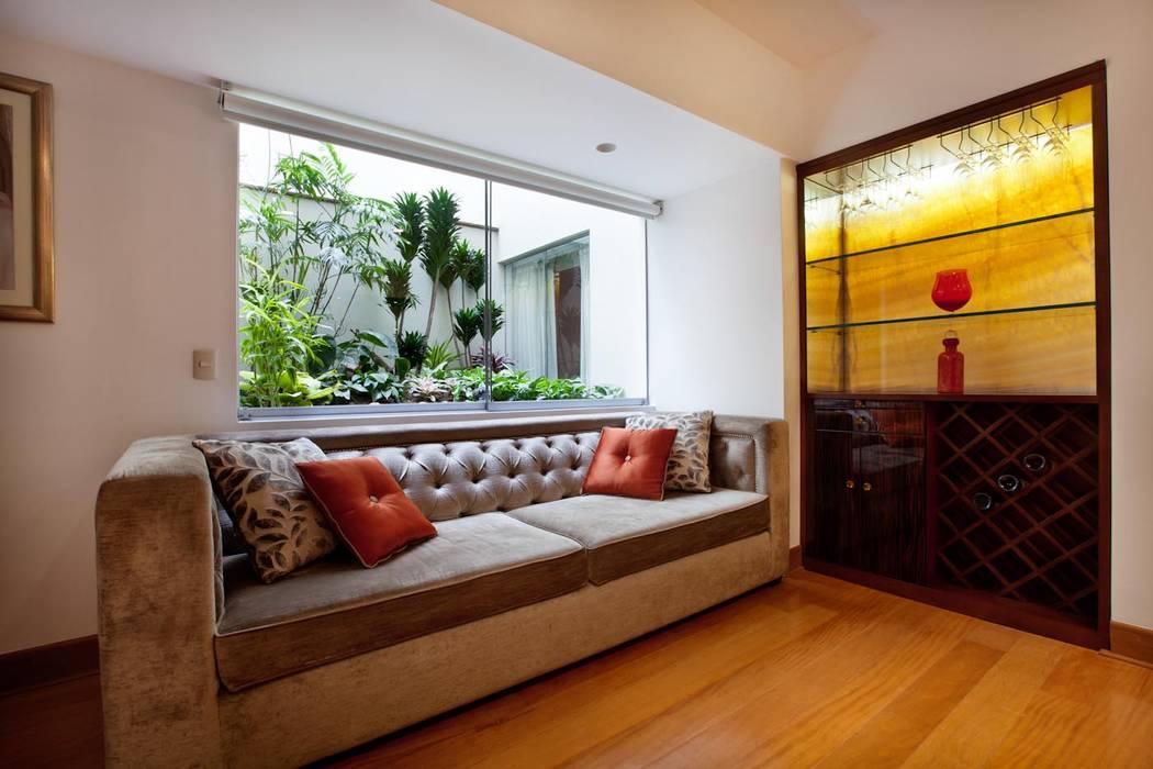 Salas / recibidores de estilo  por homify, Ecléctico