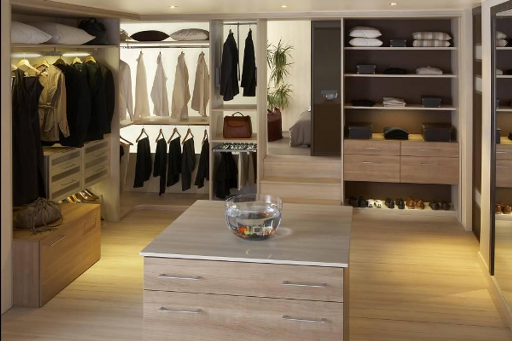 dressing haut de gamme dressing de style par antoine de. Black Bedroom Furniture Sets. Home Design Ideas