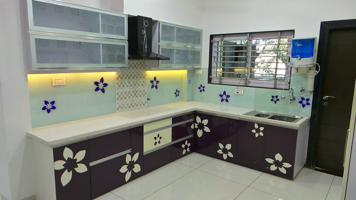 MR. Sanjay :  Kitchen by Shadab Anwari & Associates.,