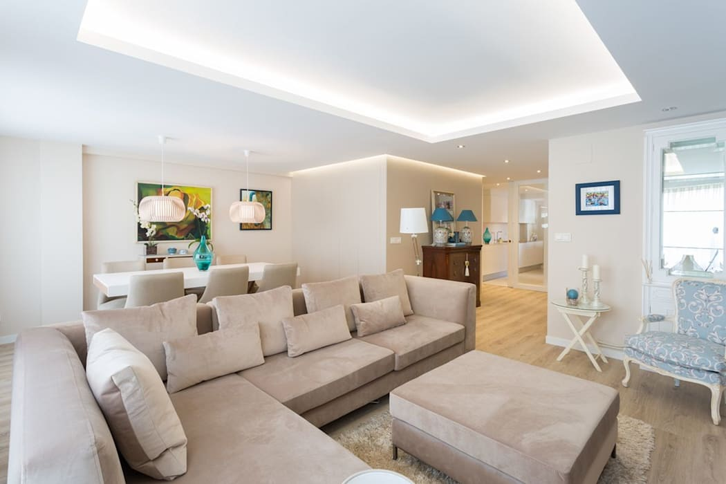 Reforma vivienda estilo nórdico en A Coruña: Salones de estilo  de GESTION INTEGRAL DE PROYECTOS DEL NOROESTE S.L., Escandinavo