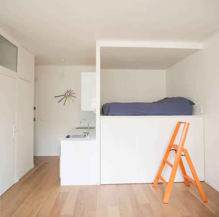 Espace cuisine / chambre: Cuisine de style de style Moderne par Olivier Olindo Architecte