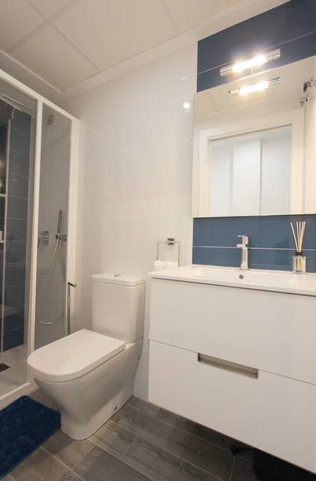Ванные комнаты в . Автор – Novodeco, Модерн