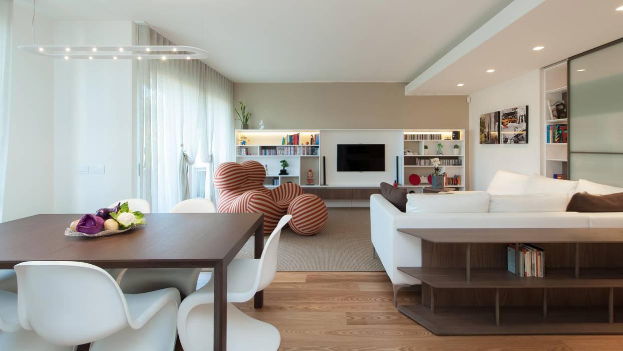 Casa l l soggiorno minimalista di studio associato for Soggiorno minimalista