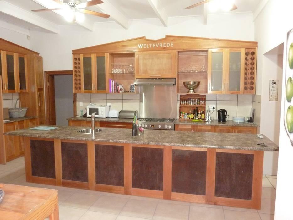 GreenCube Design Pty Ltd Cocinas de estilo rural Madera