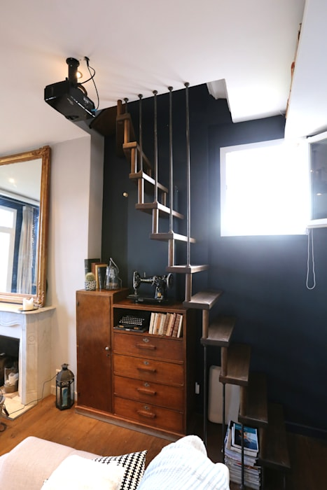 Echelle de meunier: Couloir et hall d'entrée de style  par Passion Escaliers