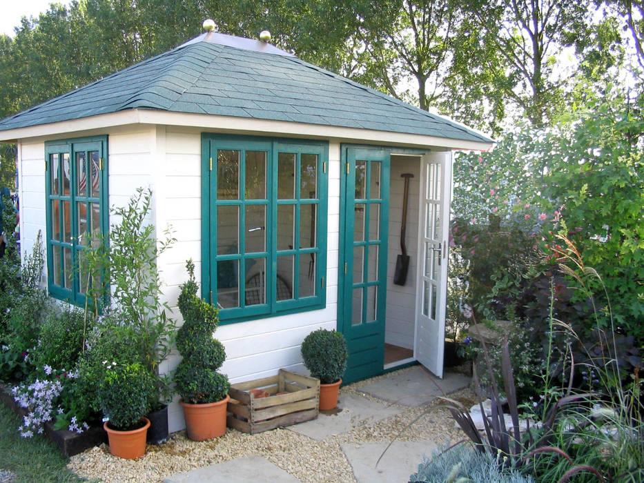 The Prima Marloes Traditional Garden Office Escritórios clássicos por Garden Affairs Ltd Clássico Madeira Efeito de madeira