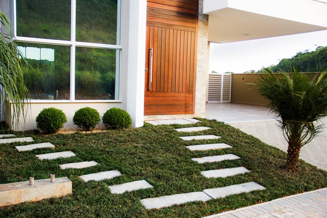 Casa QE148 Jardins modernos por Cecyn Arquitetura + Design Moderno