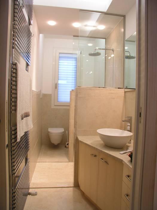 Salle de bain moderne par Criscione Arredamenti Moderne
