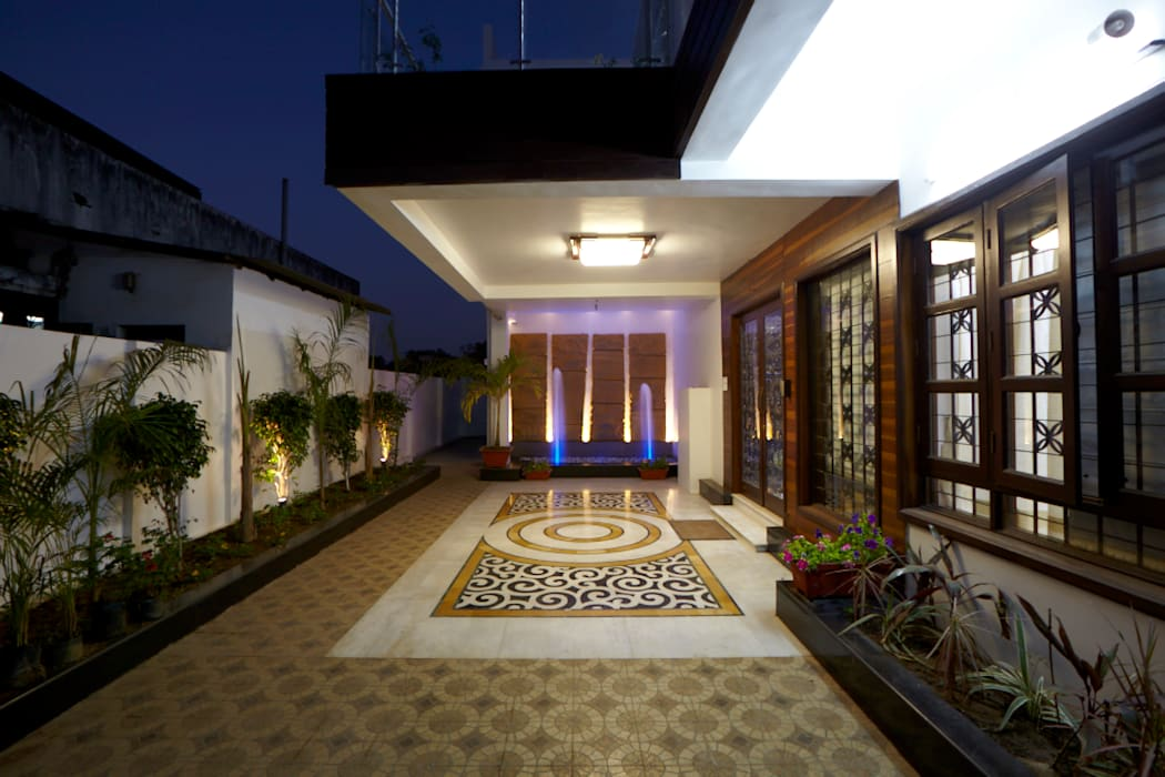Dr Rafique Mawani's Residence Minimalist houses by M B M architects Minimalist